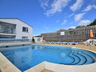 43204 Apartment situated in Newquay (4mls NE)