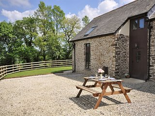 TRUSB Barn situated in Crackington Haven (8mls S)