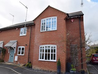 57058 House situated in Fordingbridge