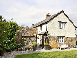 JASCO Cottage situated in Bude (2.5mls E)