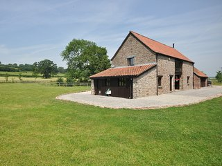 52371 Barn situated in Chepstow (2mls NE)