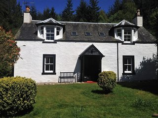 PE617 Cottage situated in Callander (12mls NE)
