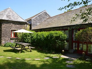 DAVPR Barn situated in Boscastle (4.5mls E)