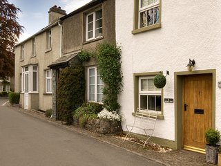 LCC41 Cottage situated in Cartmel