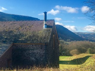 42858 Barn situated in Brecon (8.5mls SE)