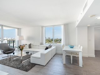 Beautifully renovated residence in Mondrian Hotel South Beach