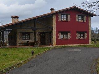 Preciosa casa!!! Hasta 8 personas,3 habitaciones y 2 banos
