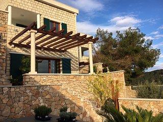 Stone Villa with Jacuzzi & Private Beach Island Brac Croatia
