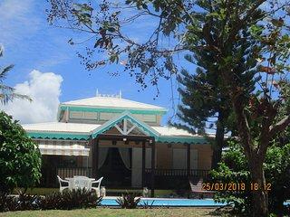 villa creole  mer accessible a pied