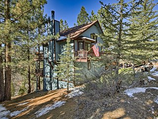 Cabin w/Mtn. Views & Deck - Near Big Bear Lake!