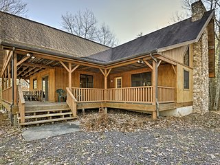 New! Rustic 5BR Benton Home on 50 Acres w/ Deck!