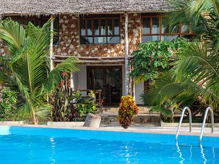 Kimurimuri - Stunning Private Villa with Pool