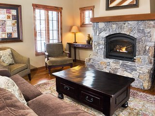 Huckleberry Cottage | Tamarack Resort | Sleeps 6