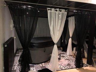 Appartement spa avec jaccuzi sauna matelas massant