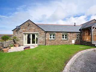 MERRW Barn situated in Padstow (3mls S)
