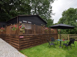 52923 Log Cabin situated in Grindon