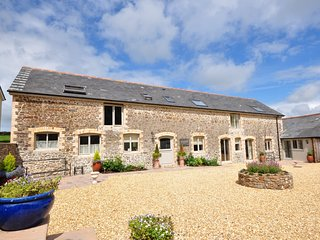 THORN Barn situated in Buckland Brewer (2mls S)