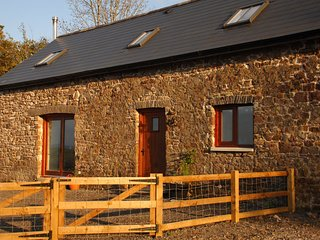 GWADD Barn situated in Ammanford (3.5mls NW)