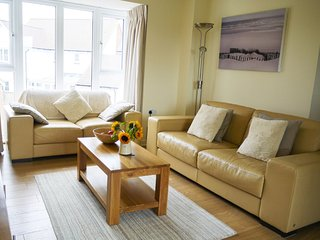 BT083 Apartment situated in Camber