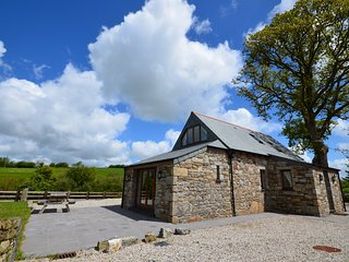 OLDOA Barn situated in Liskeard (8mls N)