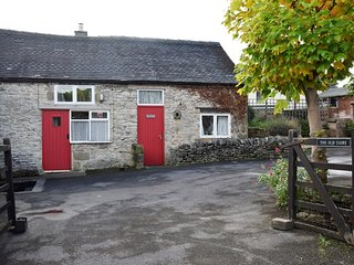 PK492 Cottage situated in Youlgreave