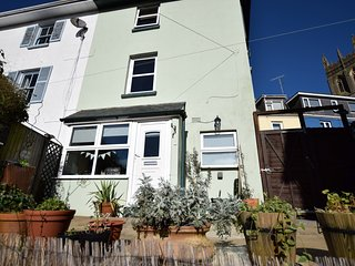 BX046 Cottage situated in Brixham