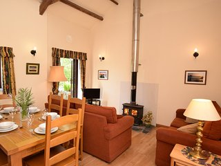 BBARN Barn situated in Bude (8mls E)