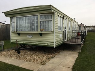 Pet Friendly Caravan Holiday Letting - Caravan 2.