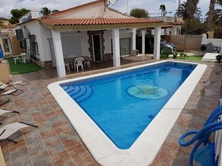 Beautiful villa with swimming-pool