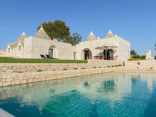 Trulli Terra Rossa: Authentic Trulli with Pool