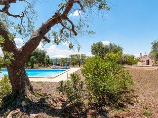 Trullo Acquario: Charming Countryside Trullo with Pool