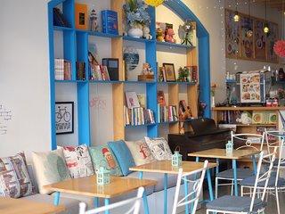 Santorino coffee & tea Homestay Quy Nhon- Enjoy Local