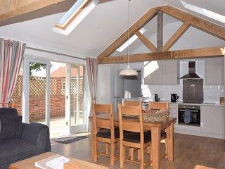Spacious kitchen/dining/lounge