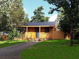44291 Log Cabin situated in Okehampton (10mls NW)