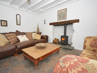55308 Cottage situated in Aberaeron (3.5mls SE)