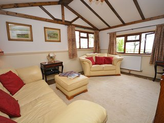 PPLOD Log Cabin situated in Shaftesbury
