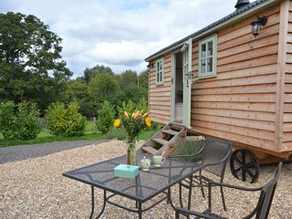 50737 Log Cabin situated in Lympstone