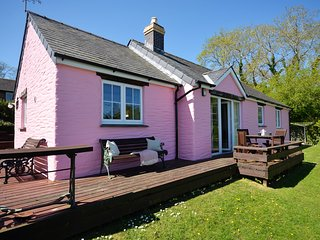 42326 Cottage situated in Cardigan (7mls NE)