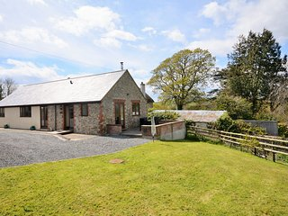43395 Barn situated in Charmouth (2.5mls NE)