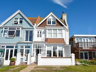 BT107 House situated in Pevensey Bay