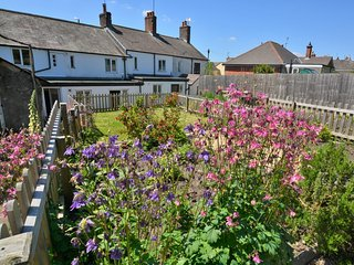 MAIDE Cottage situated in Dorchester (7.5 mls NW)
