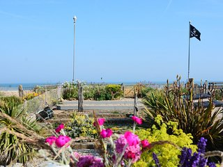 56660 Cottage situated in Pevensey Bay (1mile)