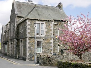LLH21 House situated in Hawkshead Village