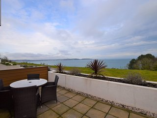 56545 Apartment situated in Brixham