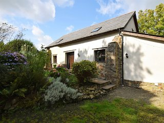 GRETH Barn situated in Bideford (6mls S)