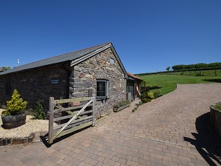 GCOWS Barn situated in Croyde (7mls E)