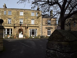 53586 Apartment situated in Bakewell