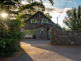 41043 Barn situated in Honiton (6mls NW)