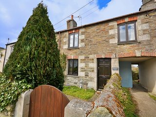42038 Cottage situated in Newquay (3mls S)
