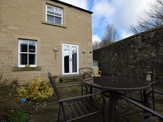 46032 Apartment situated in  Bakewell
